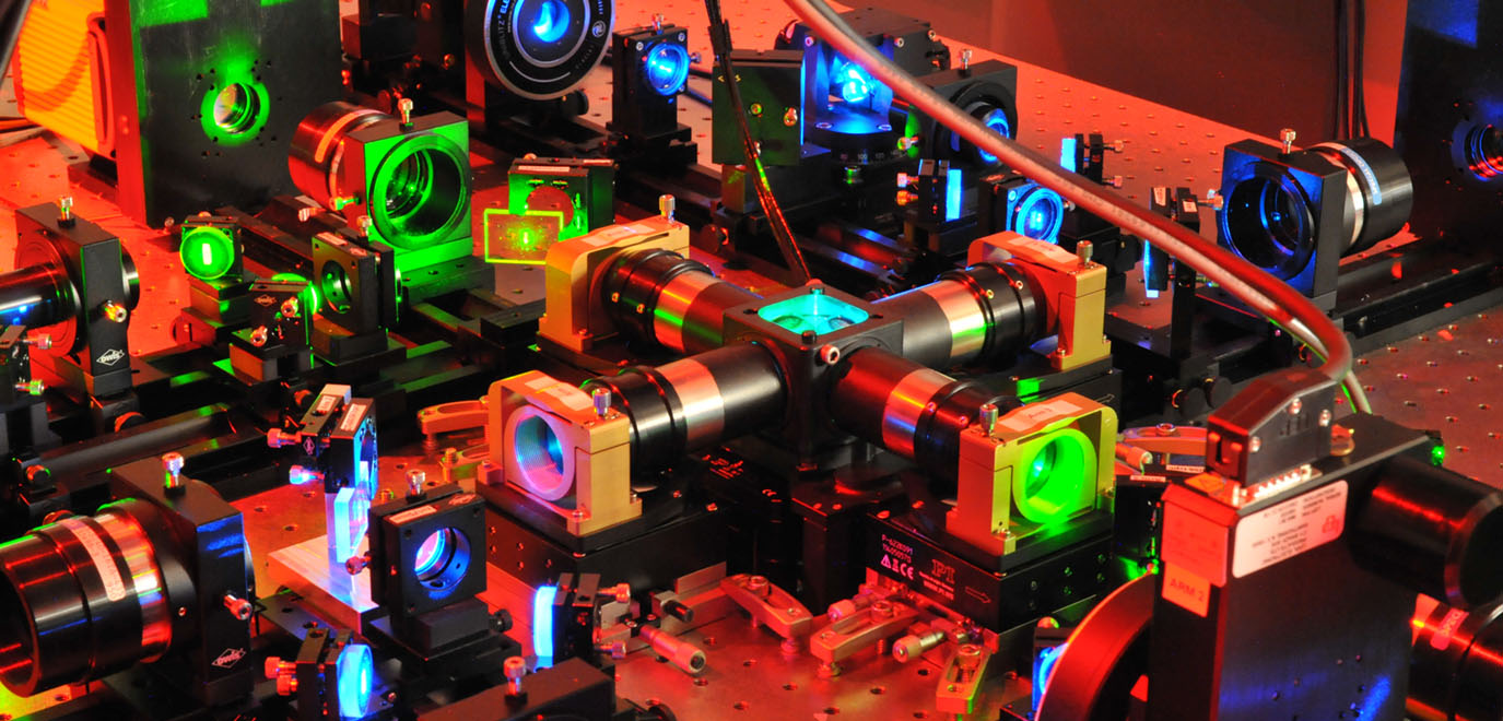 Machinery inside isoview light sheet microscope
